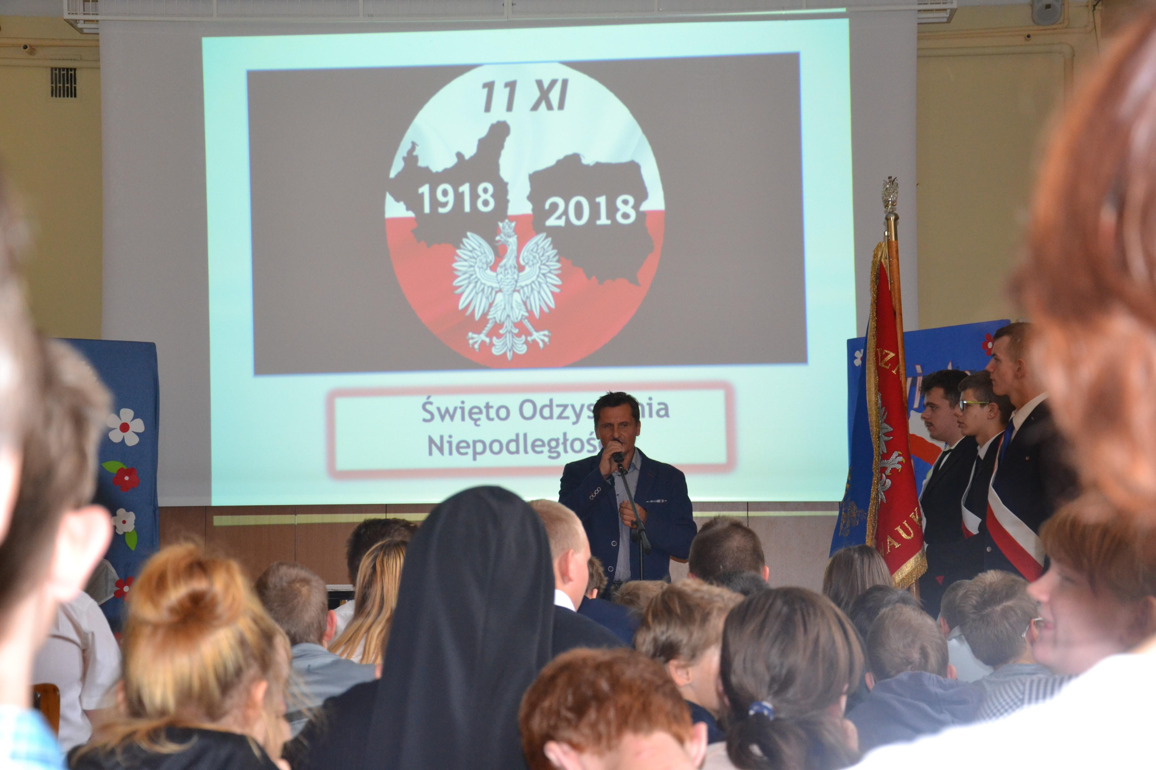 Uroczystości szkolne upamiętniające Święto Odzyskania Niepodległości