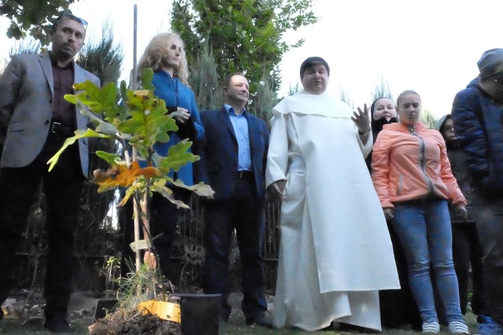 Uroczystość posadzenia Dębu Bartek oraz Święto Jabłka