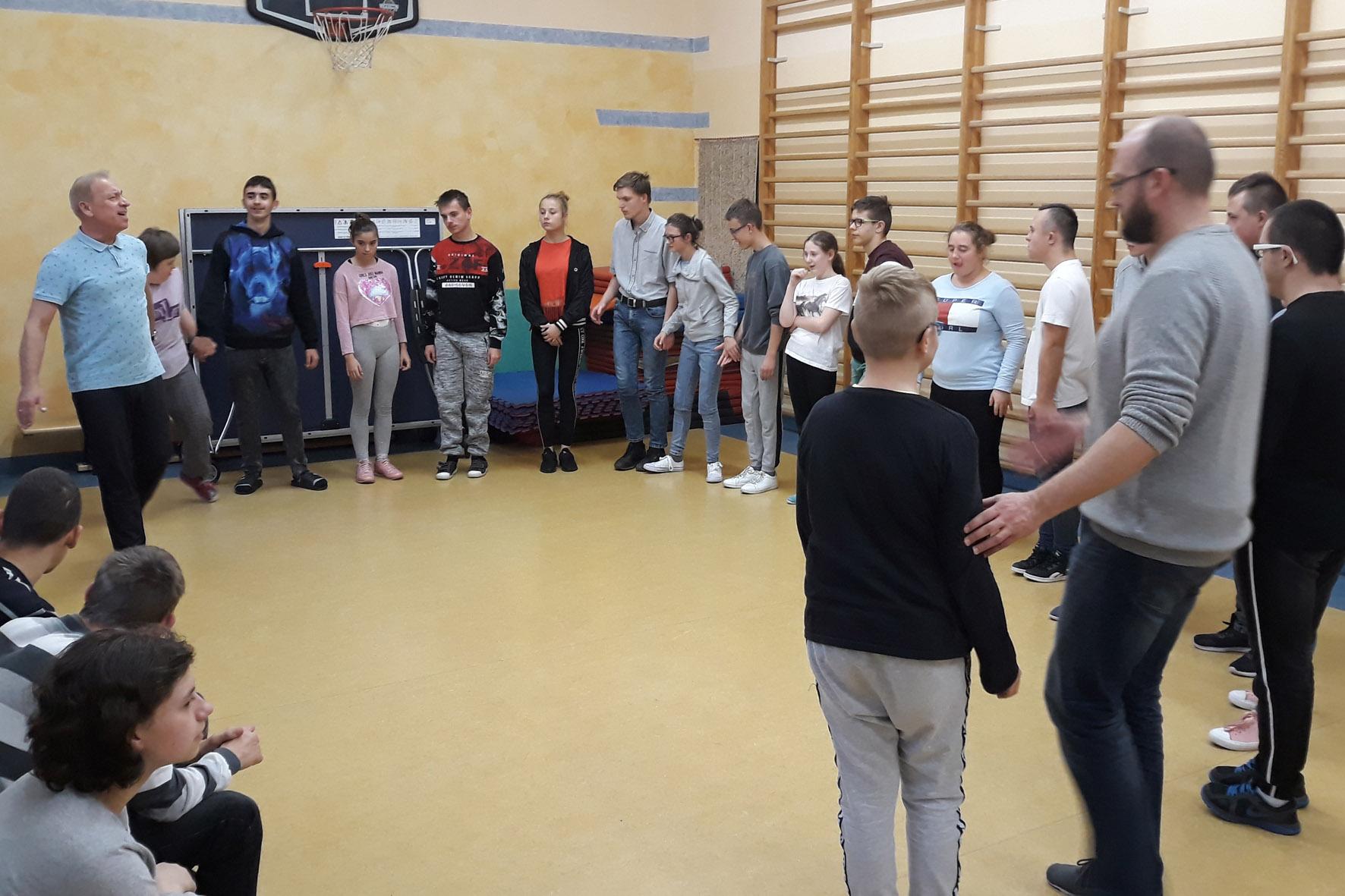 """Projekt Edukacji Regionalnej """"Wiązanka tańców i pieśni ludowych"""""""